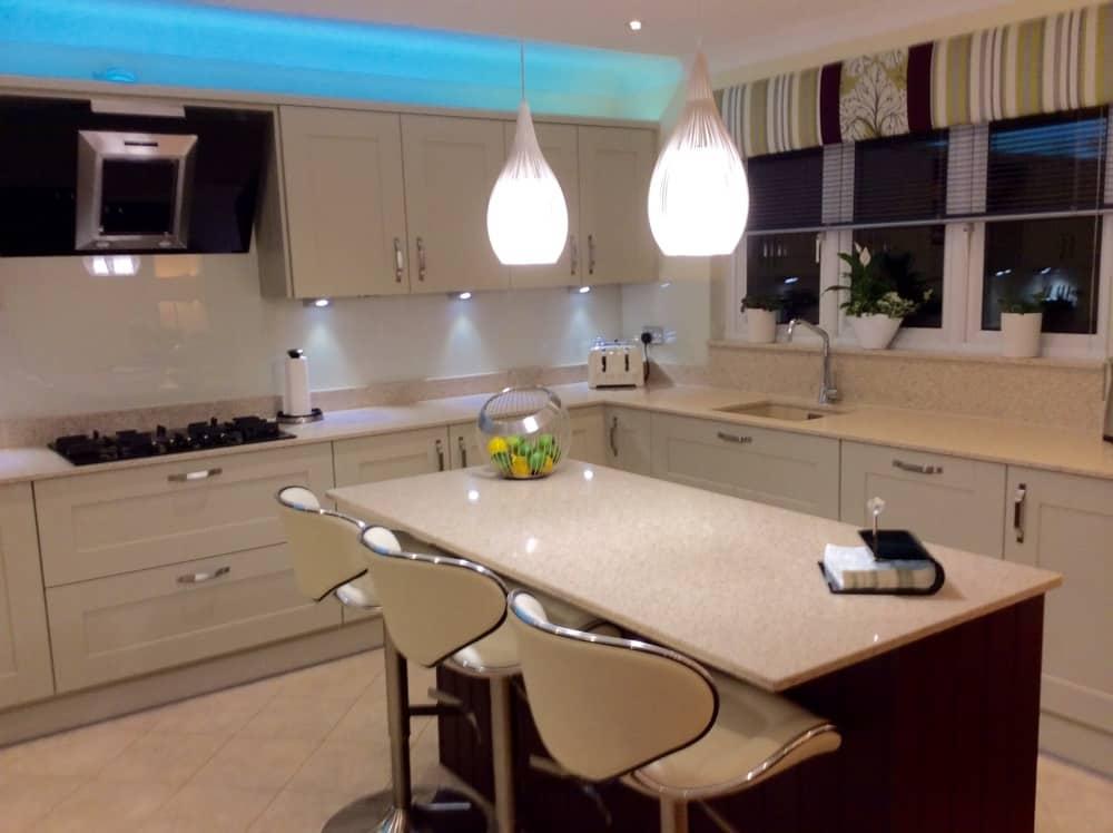 Mr And Mrs Kilpatricks New Kitchen Kitchens Bathrooms Designed Fitted In Kirkintilloch