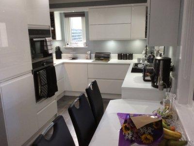 kitchen 1 400x300 - Homepage - Kitchen Showroom Kirkintilloch and Falkirk