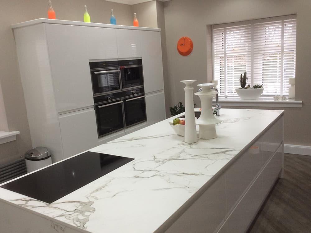 white gloss kitchen 10 - Bruce McRaes New White Gloss Kitchen