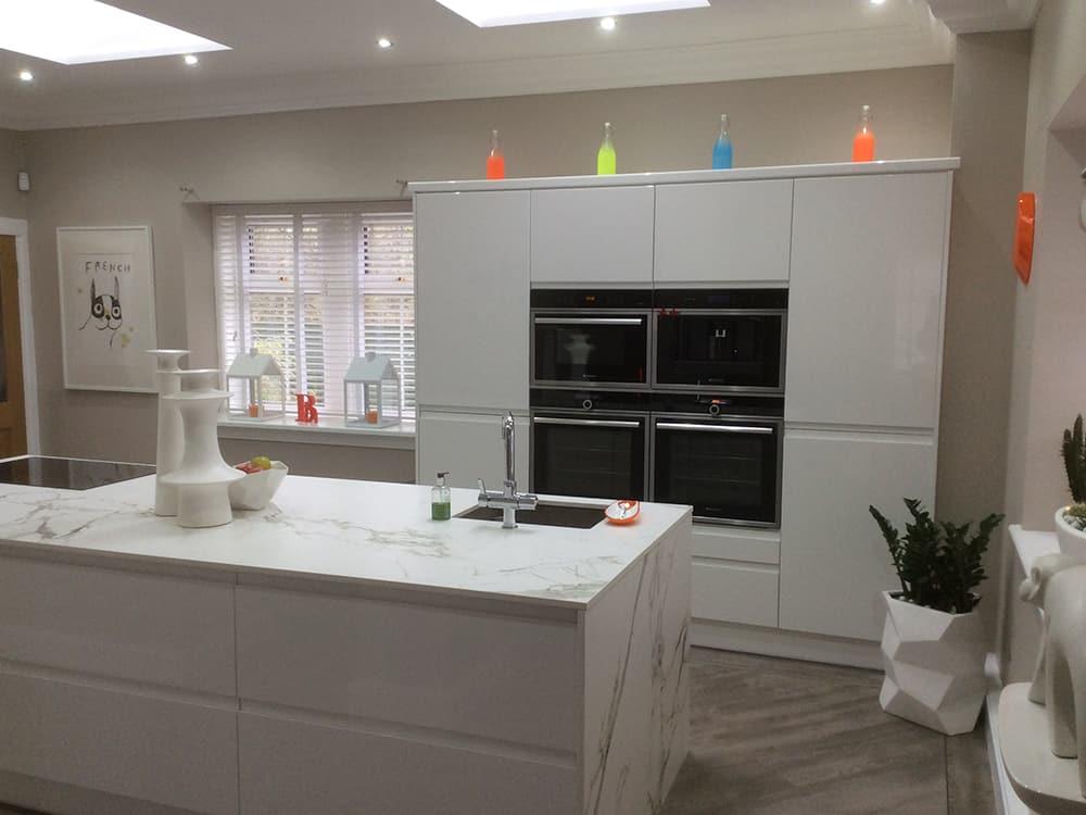 white gloss kitchen 11 - Bruce McRaes New White Gloss Kitchen