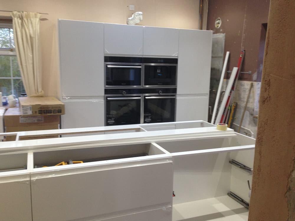 white gloss kitchen 14 - Bruce McRaes New White Gloss Kitchen