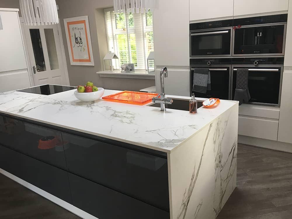 white gloss kitchen 3 - Bruce McRaes New White Gloss Kitchen