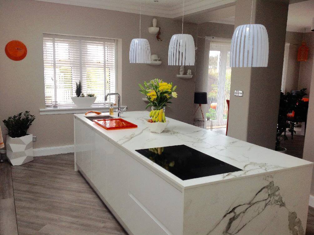 white gloss kitchen island - Kitchen Islands