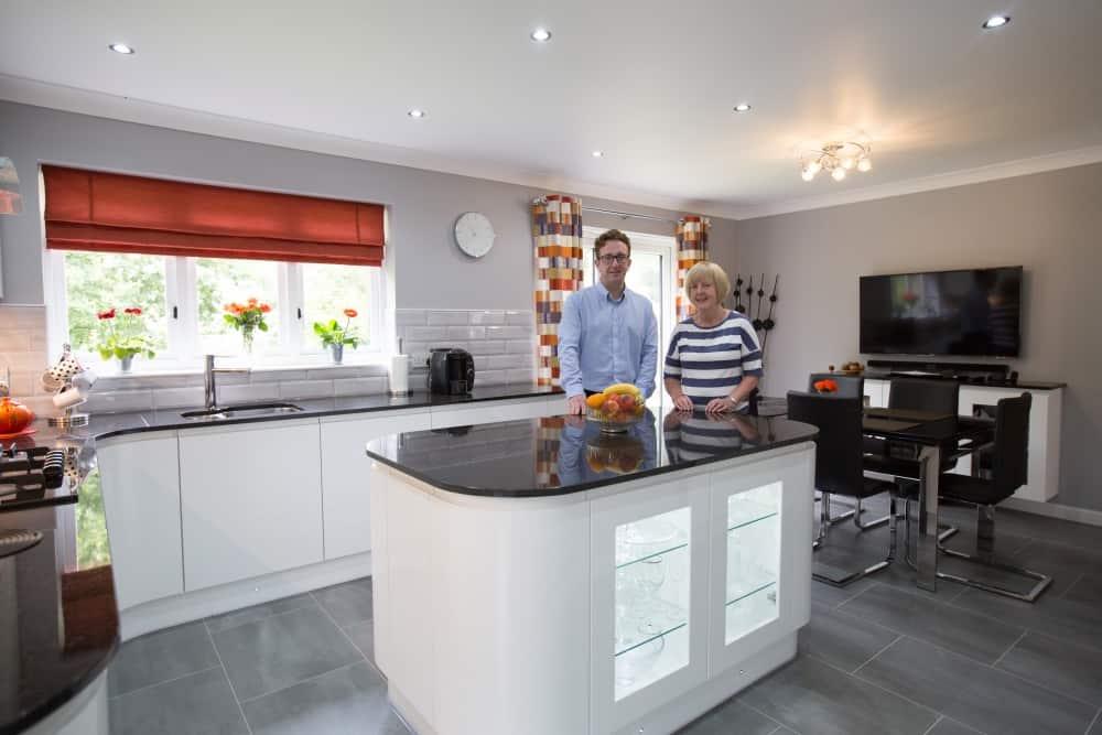 kitchen ideas white gloss1 1 - Mr and Mrs Pollards White Gloss Kitchen