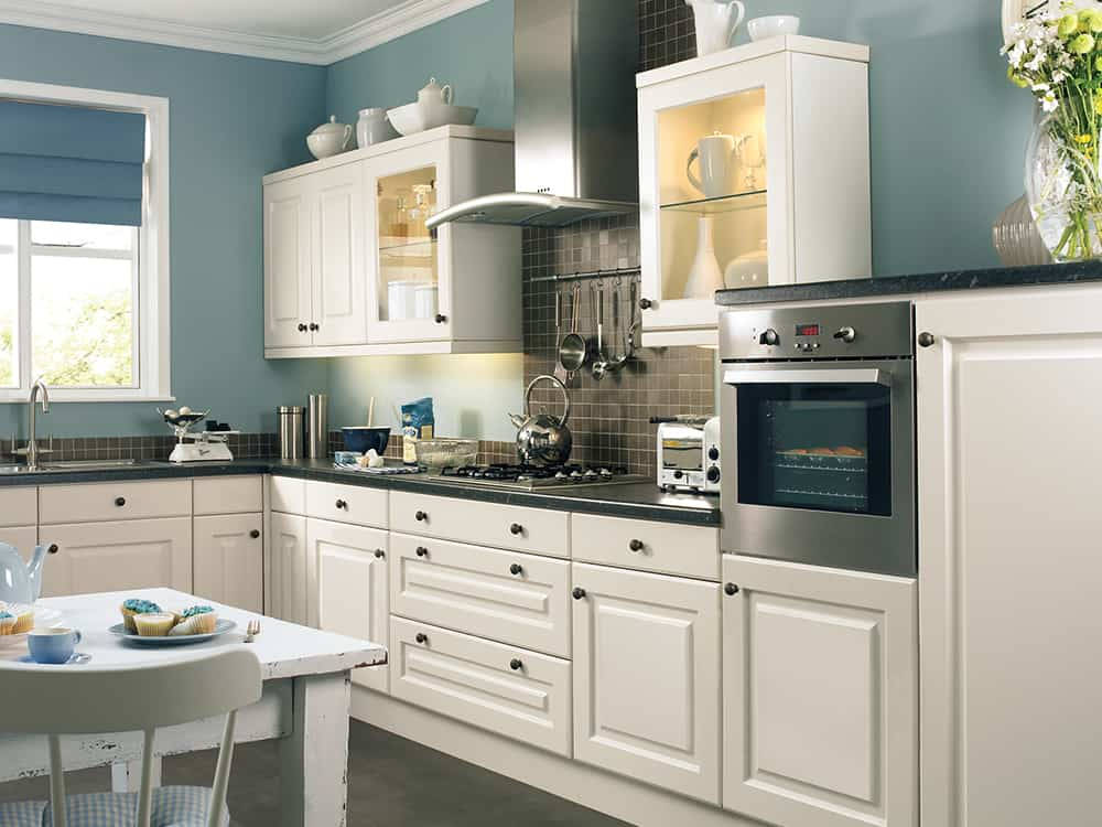 Abbey Oyster Kitchen Kirkintilloch Falkirk - Traditional Kitchens