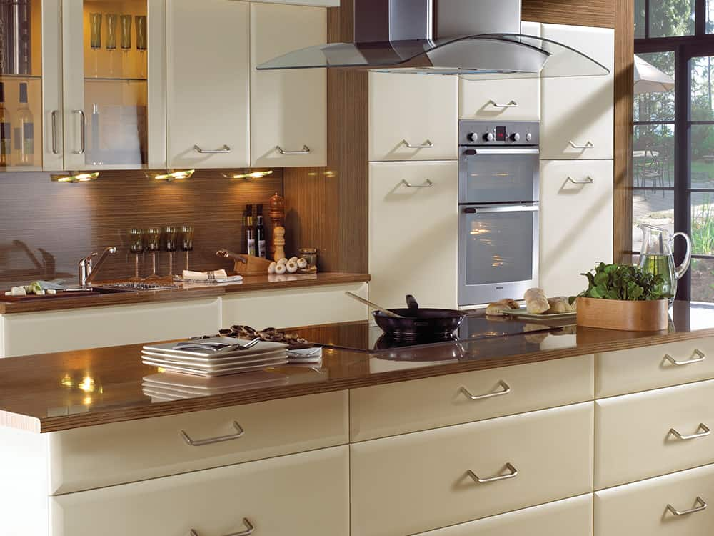 Cologne Cream Kitchen Kirkintilloch Falkirk - Traditional Kitchens