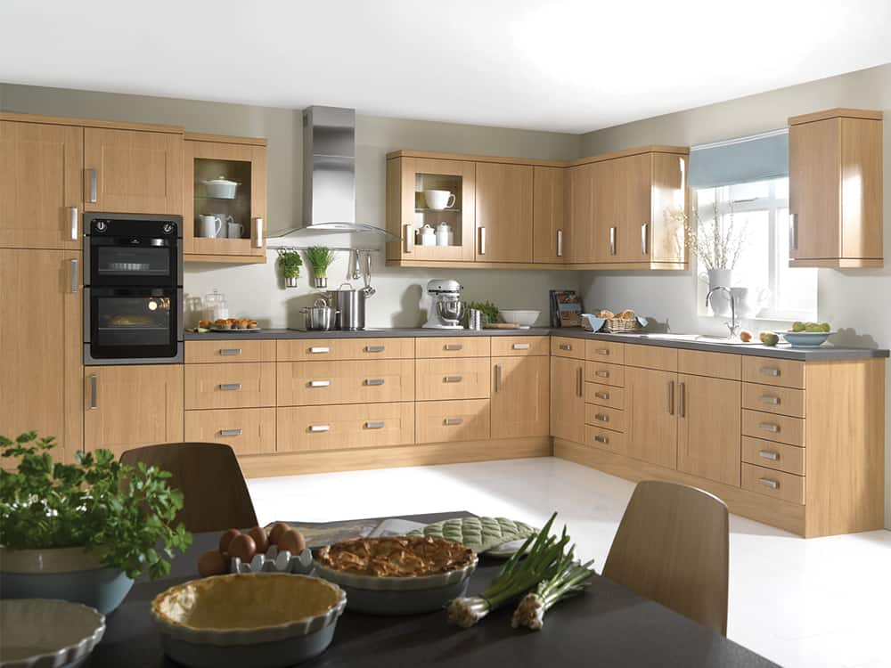 Flaxley Lancaster Oak Kitchen Kirkintilloch Falkirk - Traditional Kitchens