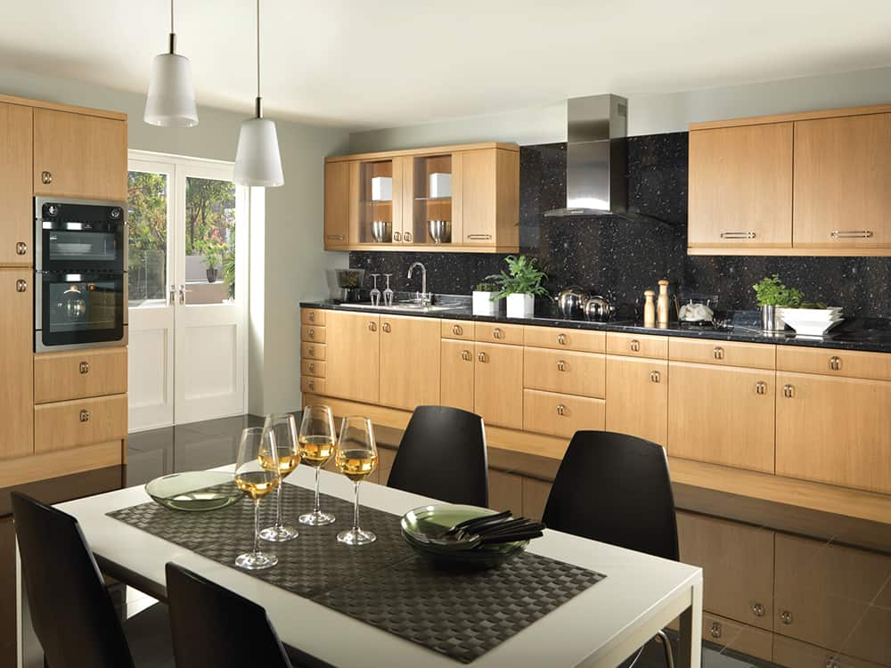 Forma Lancaster Oak Kitchen Kirkintilloch Falkirk - Traditional Kitchens