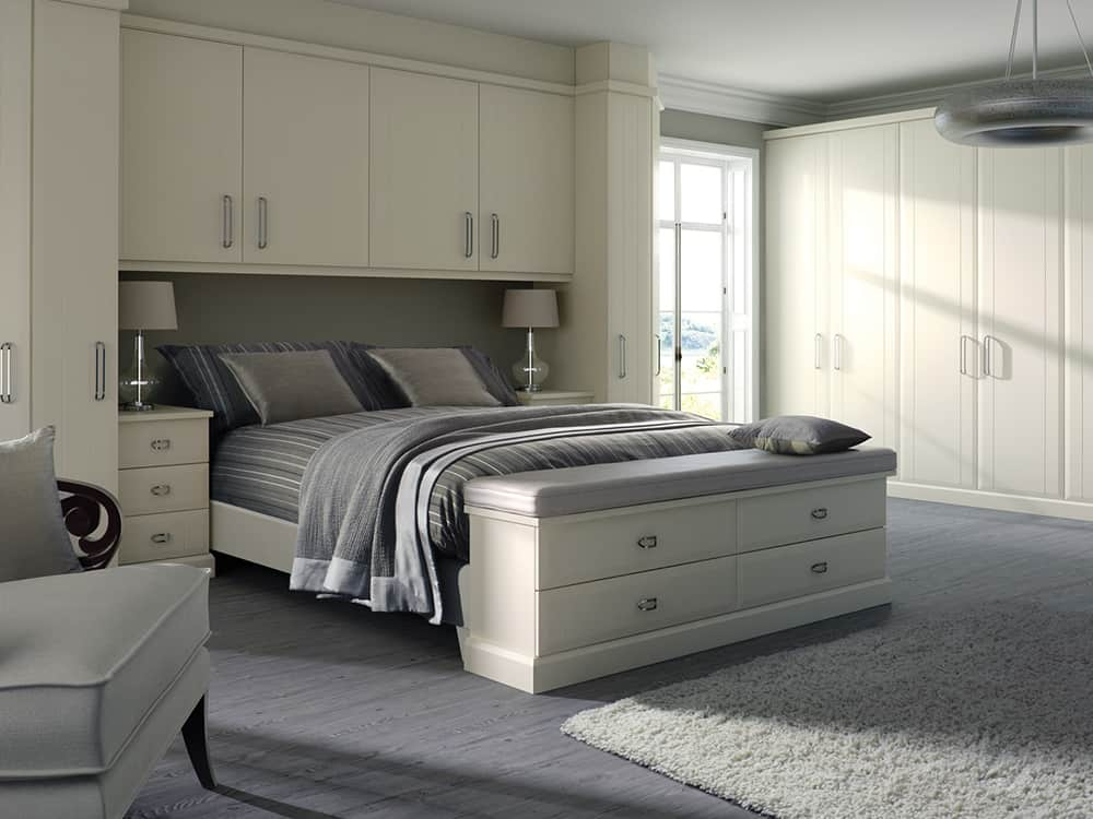 Virginia Smooth White Fitted Bedroom Kirkintilloch - Bedrooms