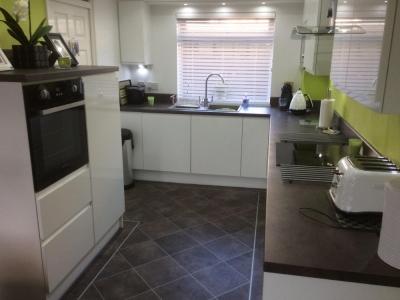 kitchen 1a 11 400x300 - Homepage - Kitchen Showroom Kirkintilloch and Falkirk