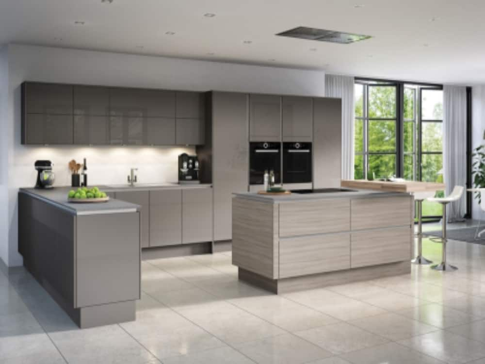 Moderna Image Gloss Dakota with Tempo Driftwood - Modern Kitchens