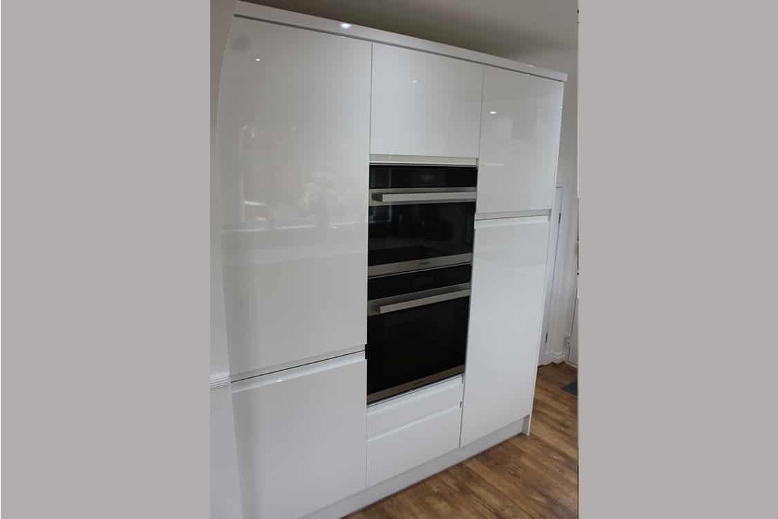 pic 11 - White Handless Gloss Door in Cumbernauld