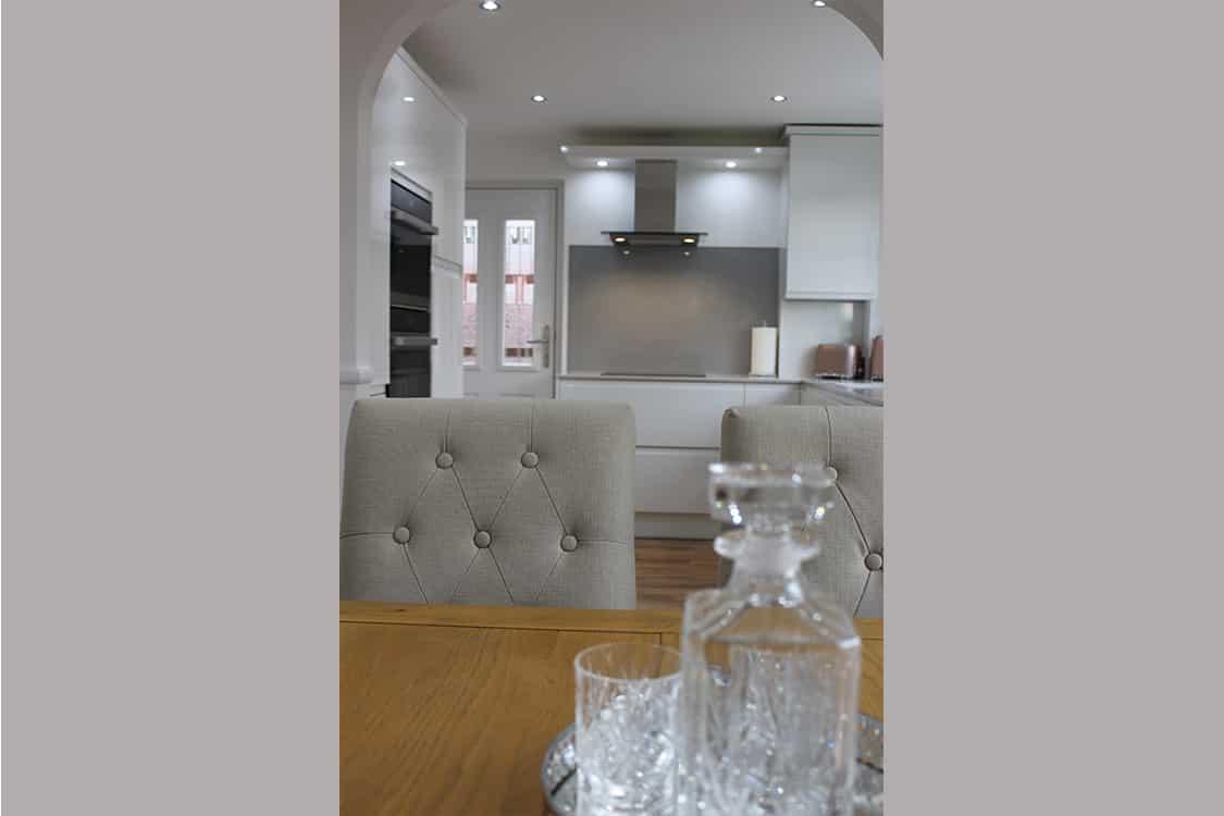 pic 12 - White Handless Gloss Door in Cumbernauld