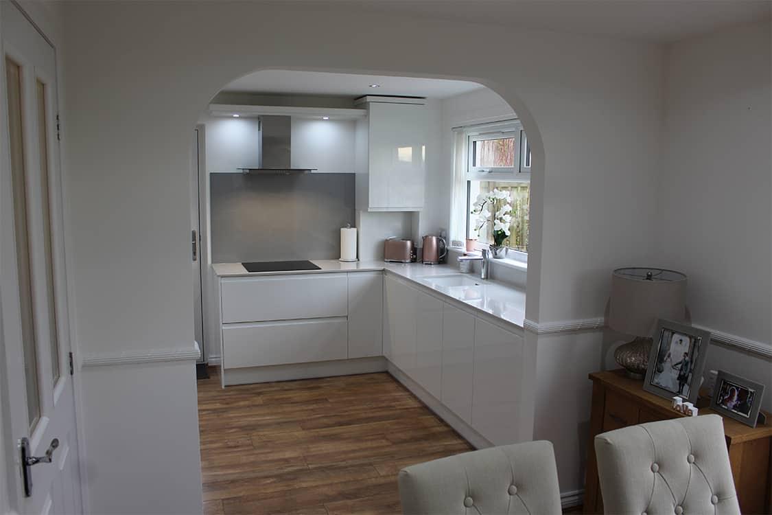 pic 20 - White Handless Gloss Door in Cumbernauld