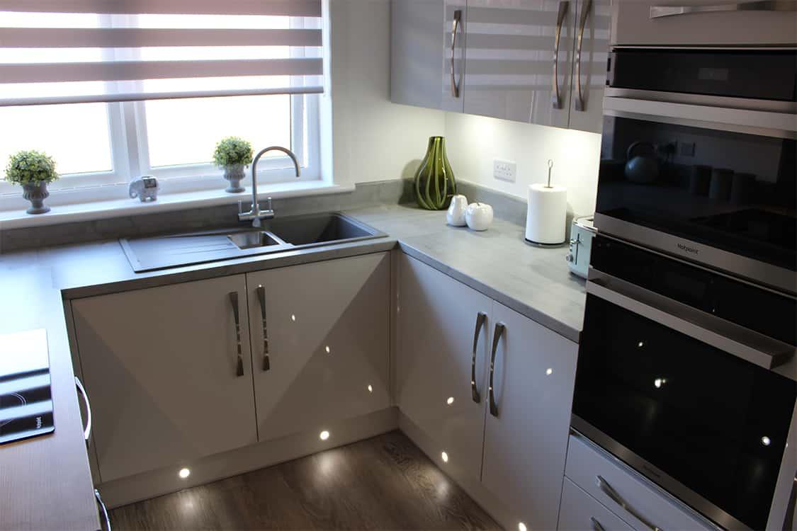 pic 5 - Mr & Mrs Stoddart Kitchen