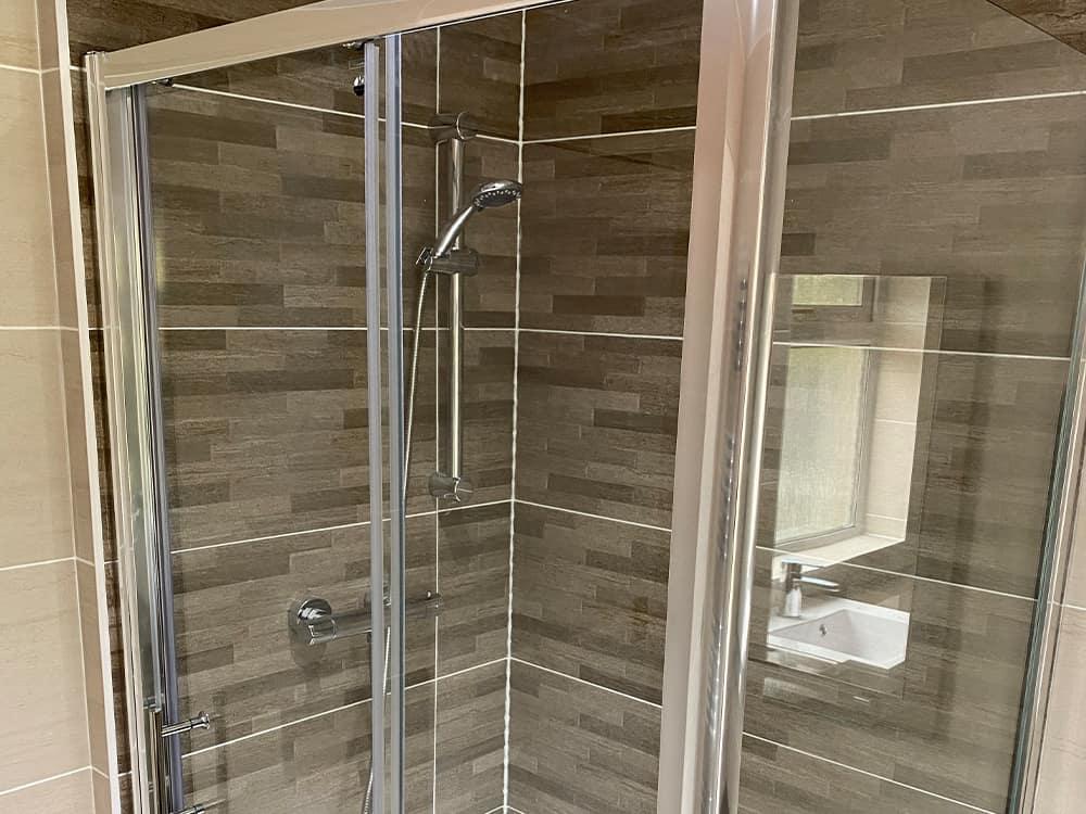 4 2 - Mrs Morrow Bathroom Kirkintilloch