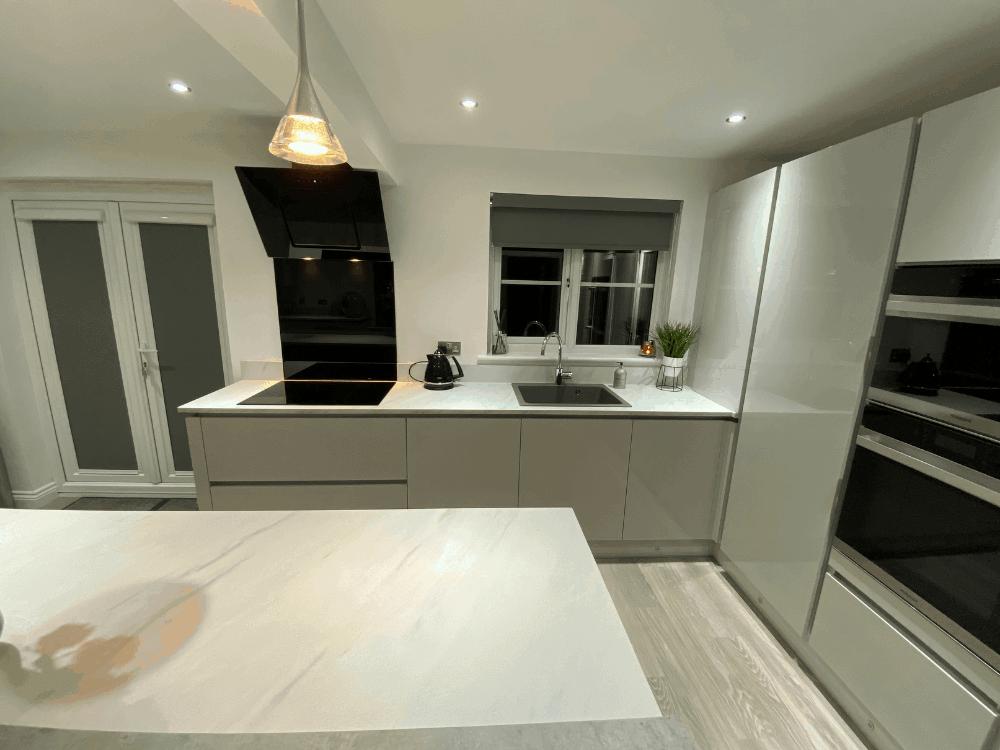 14 - Mrs Wilson Island Kitchen