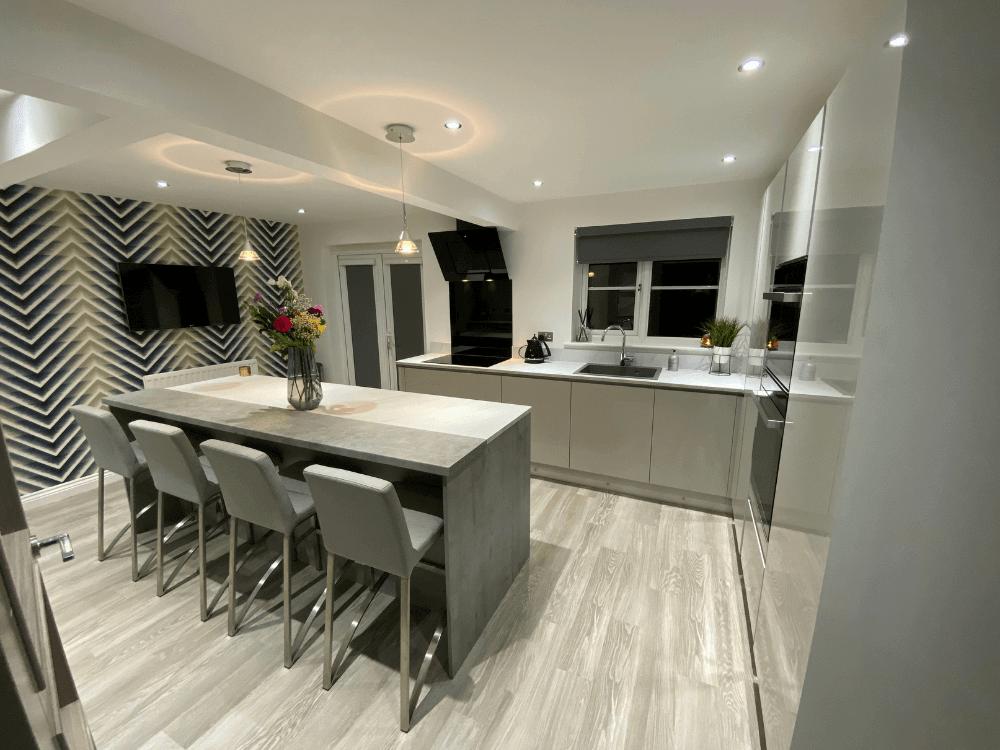 15 - Mrs Wilson Island Kitchen
